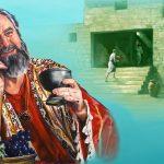 """CAPITOLO 77                                                                                                       I pericoli delle ricchezze  –  Luca 12:1-34                                                                                     LA PARABOLA DEL RICCO STOLTO                                                                                                                                                                      GESÙ PARLA DEI CORVI E DEI GIGLI                                                                                                                                                                   UN """"PICCOLO GREGGE"""" FARÀ PARTE DEL REGNO"""